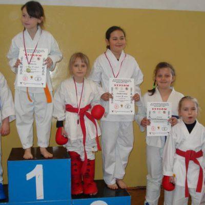 historia_karate_scinawa_na_podium_32
